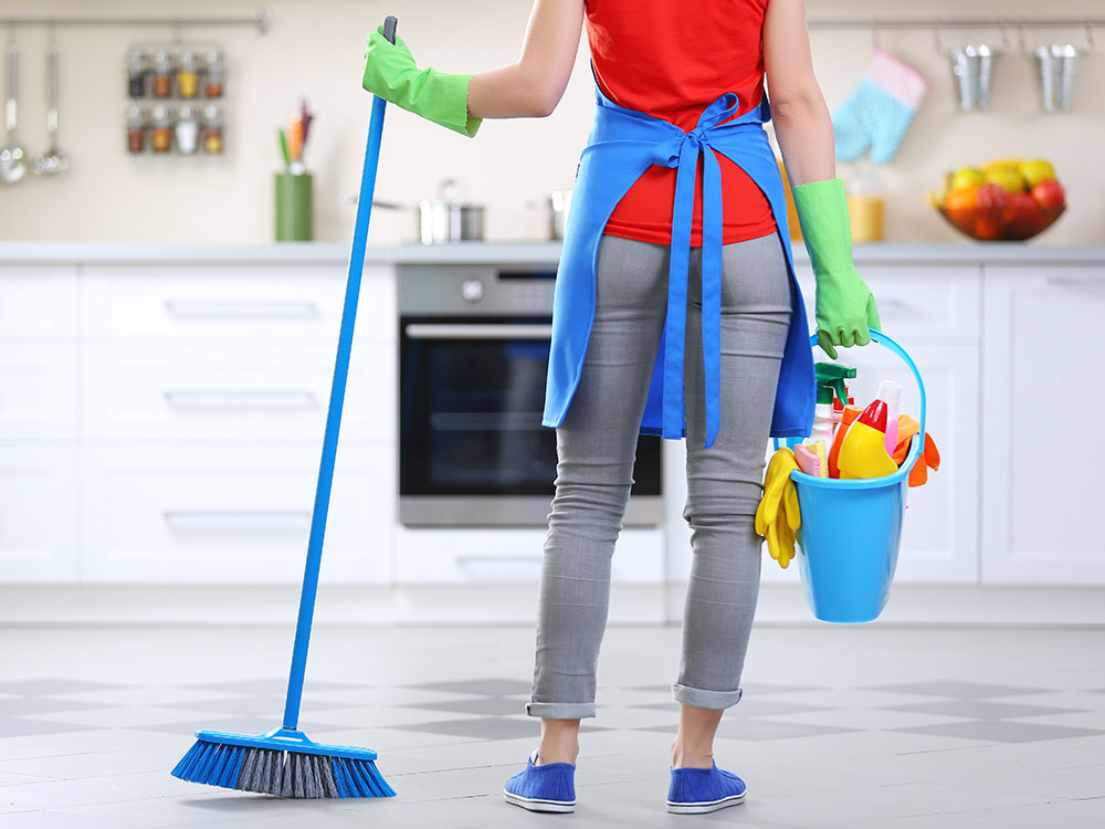 Cleaning Supply Checklist for DIY Home Cleaning